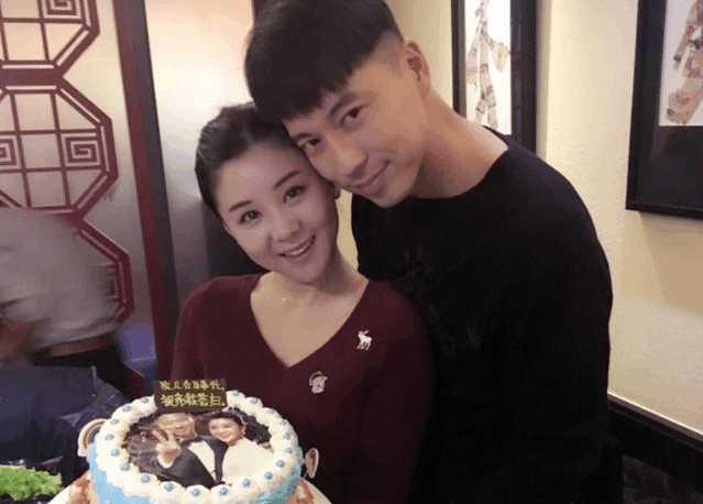 娱乐圈最干净的女明星:李小萌PK国民闺女关晓彤