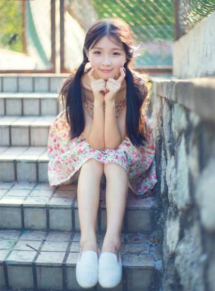 00后女生自拍美图分享,甜美可爱漂亮MM小清新头像照片