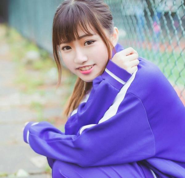 青春期少女校园学生校服写真照片,高中初中女生清纯照