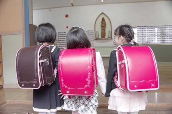 小学生日本书包品牌有哪些?日本小学生天价书包走红