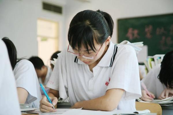 成绩差的考生高考答题技巧总结,老师传授蒙题秘籍