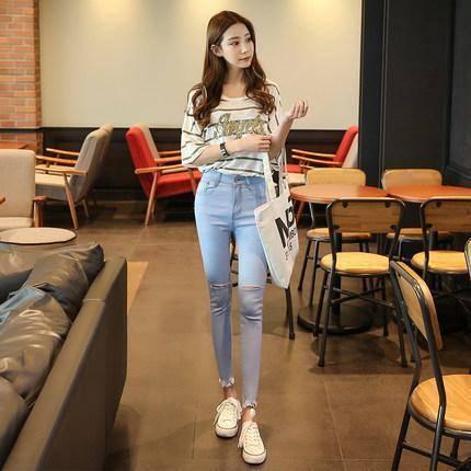 女生小脚裤怎么穿好看?各种小脚裤穿法显苗条更高挑